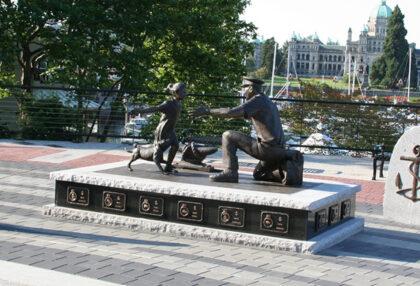 Nathan Scott's sculpture,